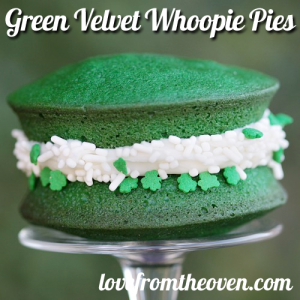 green velvet whoppie pies